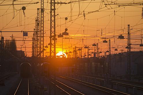 Germany, Bavaria, Munich, View of main station at sunset - LFF000444