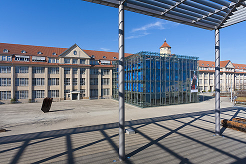 Germany, Baden Wuerttemberg, Karlsruhe, View of museum - WD001215