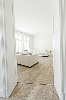 Germany, Berlin, Modern living room - FMKYF000077