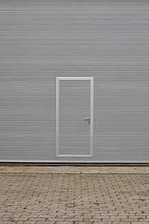 Germany, Bavaria, Closed garage door - AXF000133