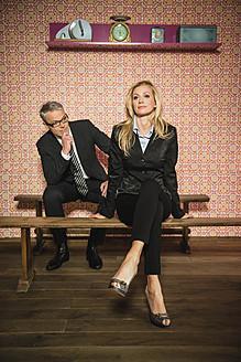 Germany, Stuttgart, Business couple sitting on bench - MFP000152