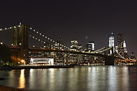 USA, New York, View of Brooklyn Bridge at night - TLF000675