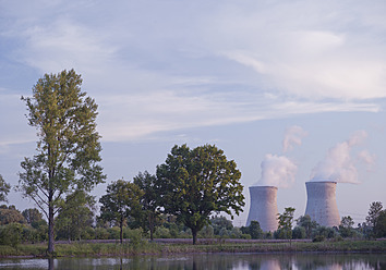 Germany, Cooling towers of nuclear power plant - WBF001287