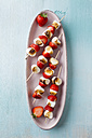 Marshmallow and strawberry skewers on tray - ECF000048