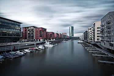 Germany, Hesse, Frankfurt, Westhafen district with veiw of tower - WAF000015