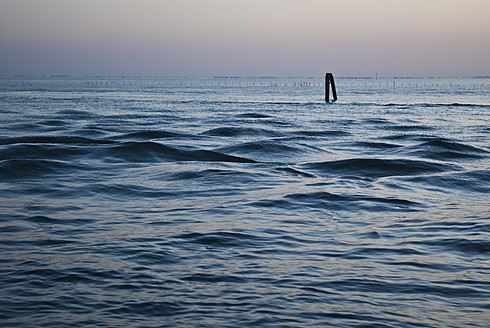 Italy, Veneto, Pellestrina, View of Lagoon at evening - KAF000007