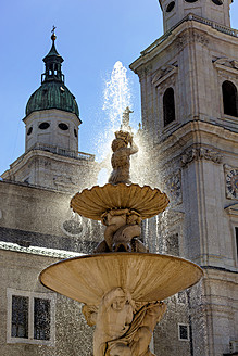 Austria, Salzburg, View of Salzburg Cathedral and Residenz Fountain - EJWF000027