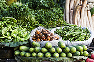India, Uttarakhand, Haridwar, Various vegetables in market - FOF004263