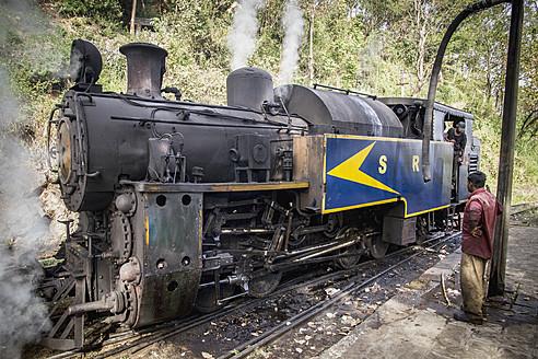 India, Tamil Nadu, Nilgiri Mountain Railway connecting Mettupalayam and Ooty - MBE000553