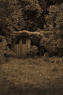 Germany, Bavaria, View of garden shed - AX000268