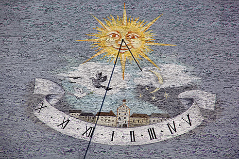 Austria, Sundial on building - EJWF000118