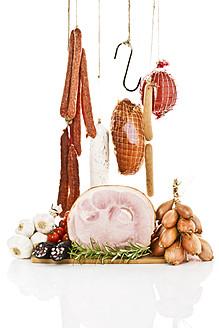 Studio, variety of ham and sausages, garlic, tomatoe, rosemary, studio - MAEF005296