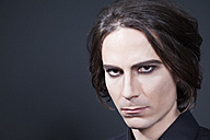 Portrait of man with make up, close up - ND000285