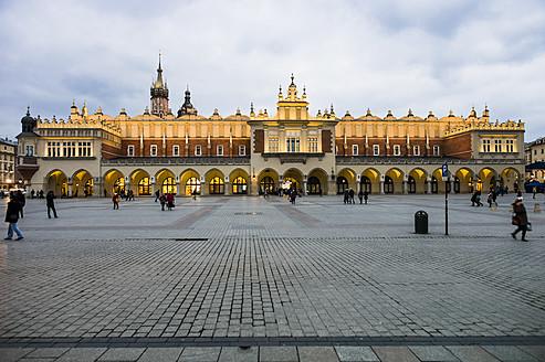 Poland, Krakow, View of cloth market hall - EJW000183