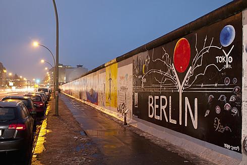Germany, Berlin, View of East Side Gallery - BFR000132