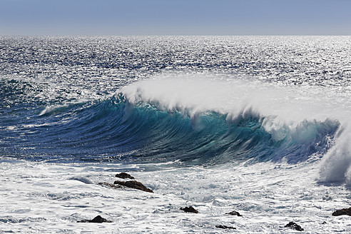 Spain, Breaking of waves at La Gomera - SIEF003100