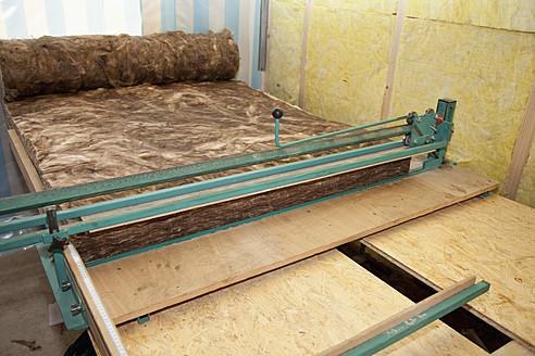 Europe, Germany, Rhineland Palatinate, Interior construction with thermal felt insulation - CSF016118