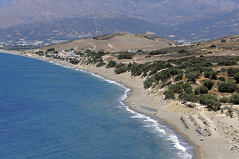 Greece, Crete, Coastline of beach between Matala and Kalamaki - MIZ000038
