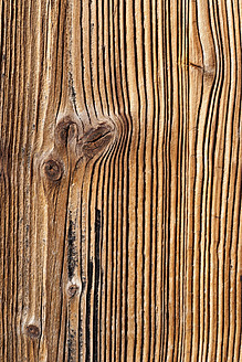 Germany, Old spruce wood board, close up - TCF003238