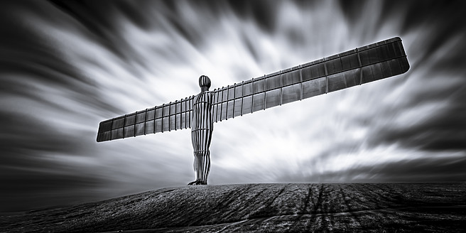 UK, England, View of Angel of the North sculpture at Gateshead - SMA000055