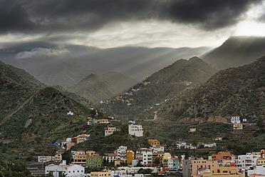 Spain, La Gomera, View of Vallehermoso - SIEF003181