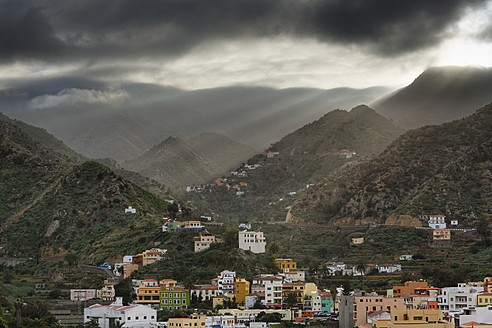 Spain, La Gomera, View of Vallehermoso - SIEF003181