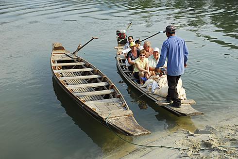 Thailand, Traditional boats on Klong Plu river at Koh Chang Island - MIZ000137