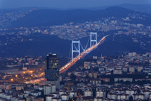 Europe, Turkey, Istanbul, View of financial district with Fatih Sultan Mehmet Bridge - SIEF003222
