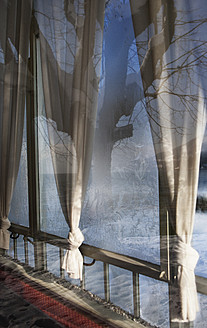 Austria, Window with ice crystal - WW002633