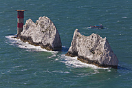 England, Isle of Wight, View of chalk cliffs at The Needles - WDF001489