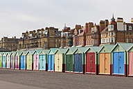 England, Sussex, Brighton, Coloured bathing huts at seafront - WDF001504