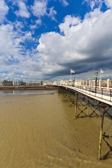 England, Sussex, View of beach at Worthing Pier - WDF001580