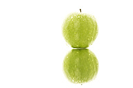 Granny smith with water drops on white background, close up - MAEF005857