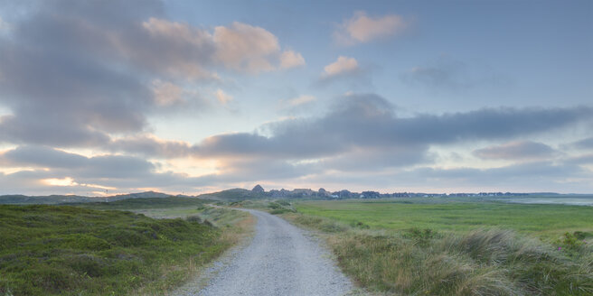 Germany, View of landscape with empty track at Sylt island - ATA000005