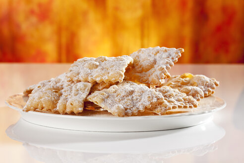 Plate of mutzen pastries, close  up - CSF017337