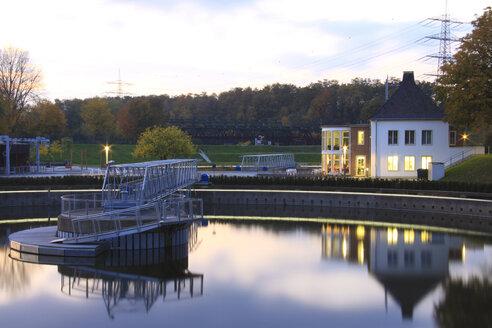 Germany, North Rhine Westphalia, Bottrop, View of Berne Park at dusk - AKU000050