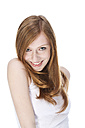 Portrait of young woman smiling, close up - MAEF006130