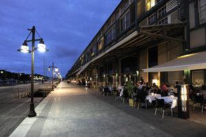 Australia, Sydney, Restaurents at Finger Wharf - MIZ000291