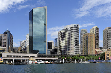 Australia, New South Wales, Sydney, View of Circular Quay at Sydney Cove - MIZ000282