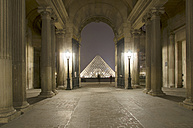 France, Paris, Musee du Louvre museum by night - ON000039