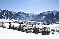 Austria, View of Tannheim Alps - UMF000597