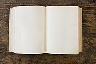 Old book of empty pages,close up - LVF000015