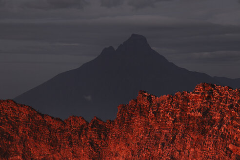 Africa, Congo, View of Nyiragongo Volcano - RM000544