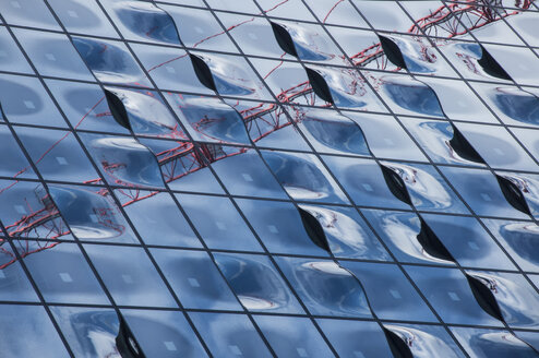 Germany, Hamburg, Glass Facade of the Elbe Philharmonic Hall - FBF000030