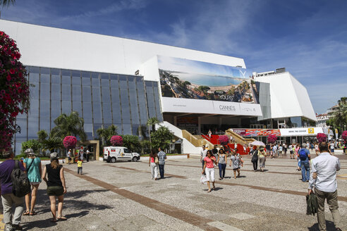 France, Cannes, People walking at  Convention Center and Casino - HA000045