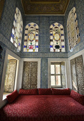 Turkey, Istanbul, Interior of Revan Pavillon - LH000079
