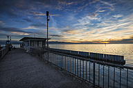 Germany, Bavaria, View from jetty at Wasserburg in evening light - EL000033