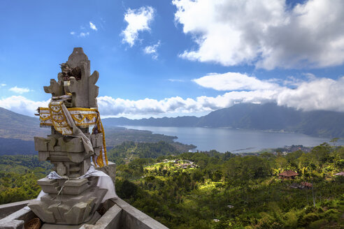 Indonesia, View of volcanic mount Batur with volcanic lake, at a temple - AMF000004