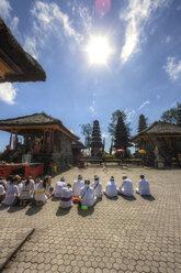 Indonesia, People praying in Pura Ulun Danu Batur temple at village Batur - AM000087