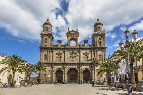Spain, Gran Canaria, Las Palmas, View of Catedral de Santa Ana - MAB000035